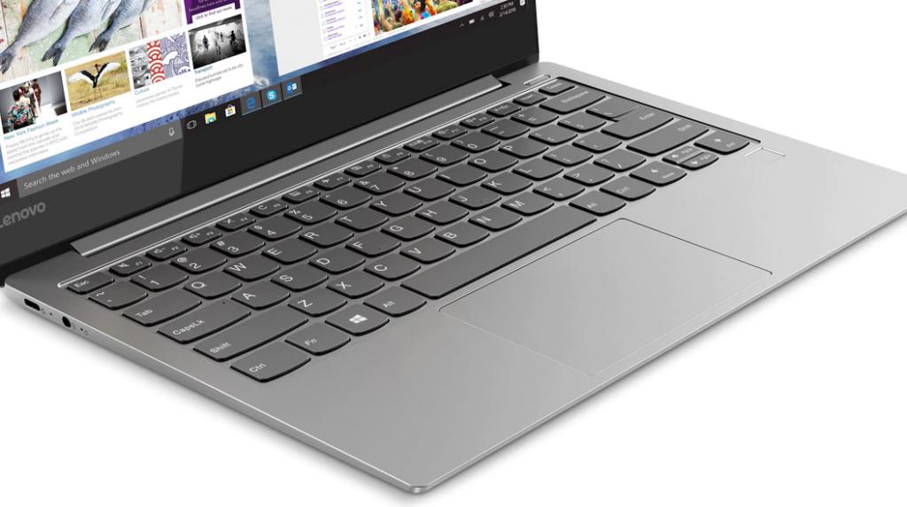 Lenovo Yoga S730 - Keyboard and Interior design