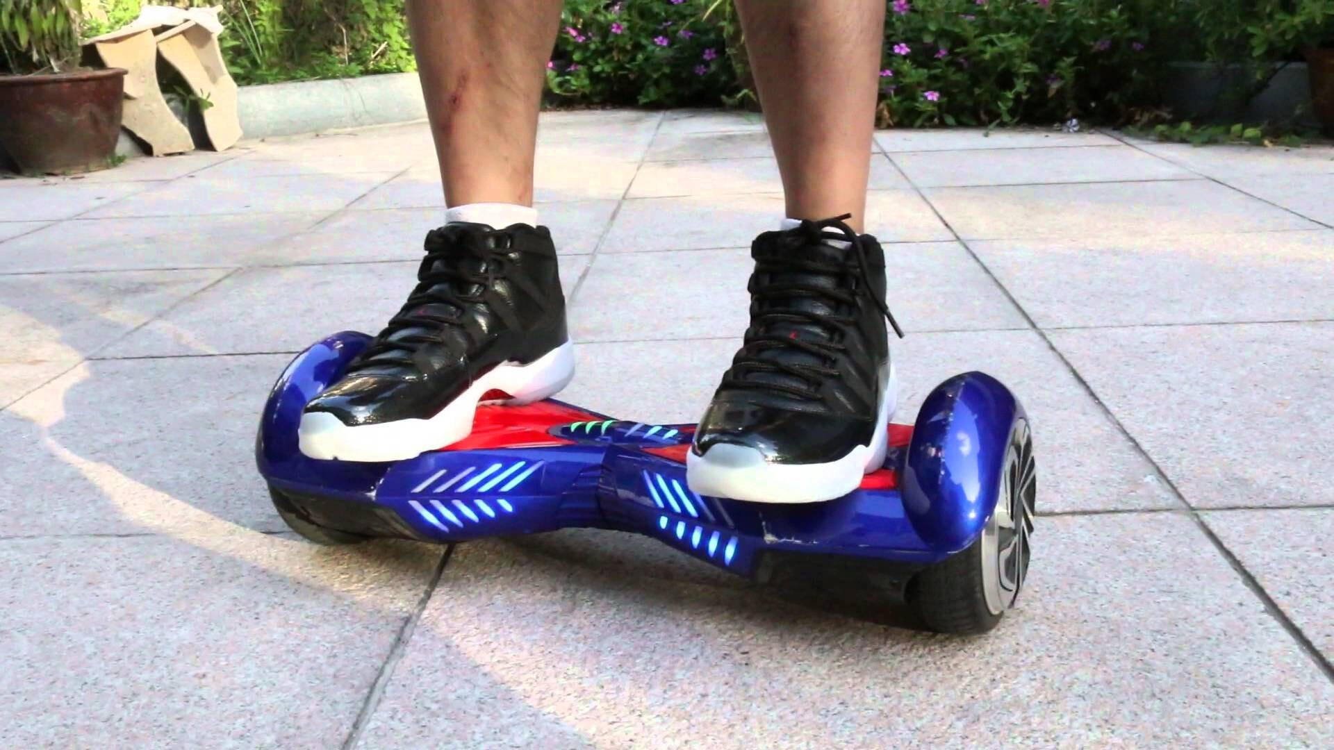 Self Balancing Scooter Review and Hoverboard Buying Guide 1